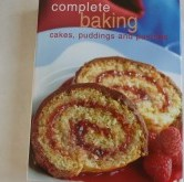 Bøkur um mat - Complete baking cakes, puddings and pastries Kr. 40